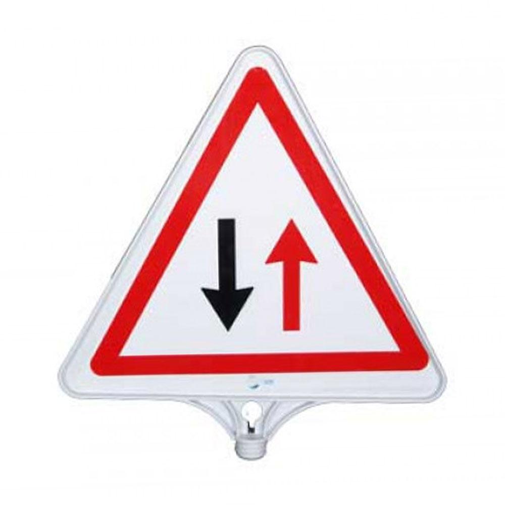 Dikkat İki Yönlü Trafik Tabelası